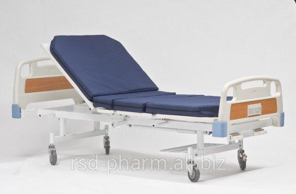 Кровать медицинская с подъемным приспособлением МММ 102  (Регулировка головной секции)
