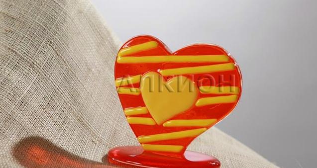 Купить Сувенир из стекла Сердечко артикул AF 0002 005