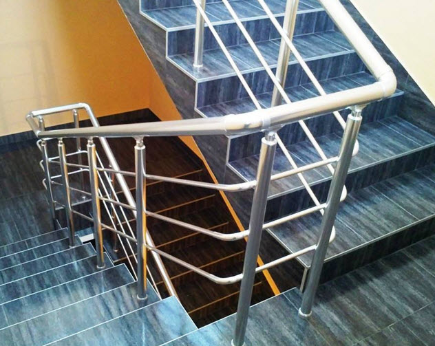Handrail aluminum (profiles from an alloy of AA 6063 and AA