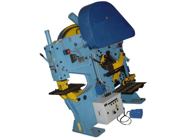 Купить Горизонтальный токарный обрабатывающий центр Puma SMX Series