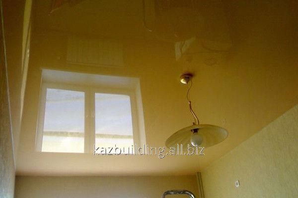 Купить Цветной глянцевый потолок 31492859