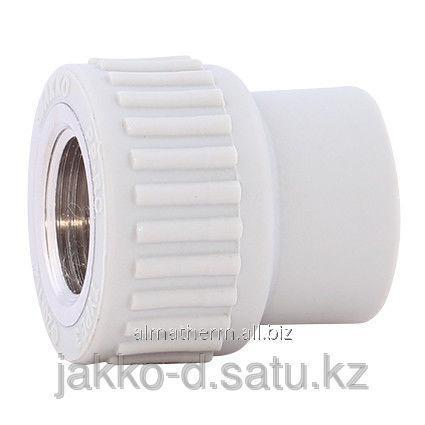 Адаптер ППР с вн.рез.  серый 32x1/2 Jakko