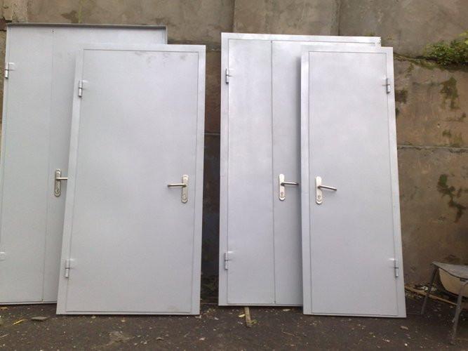Техническая дверь из металла