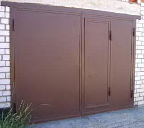 Ворота на гараж из металла