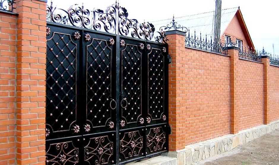 Гаражные ворота из кованого метала
