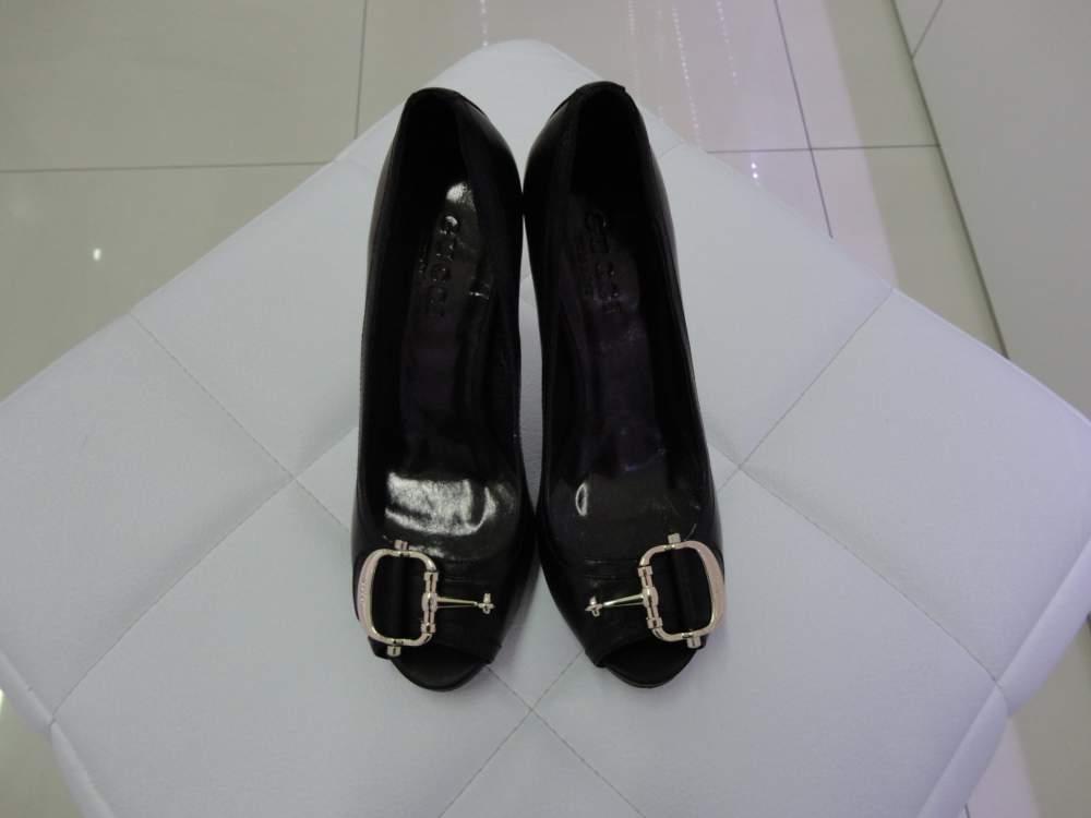 Купить Туфли женские Gucci в Алматы