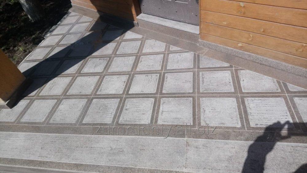 Купить Тротуарная плитка с антискользящим эффектом