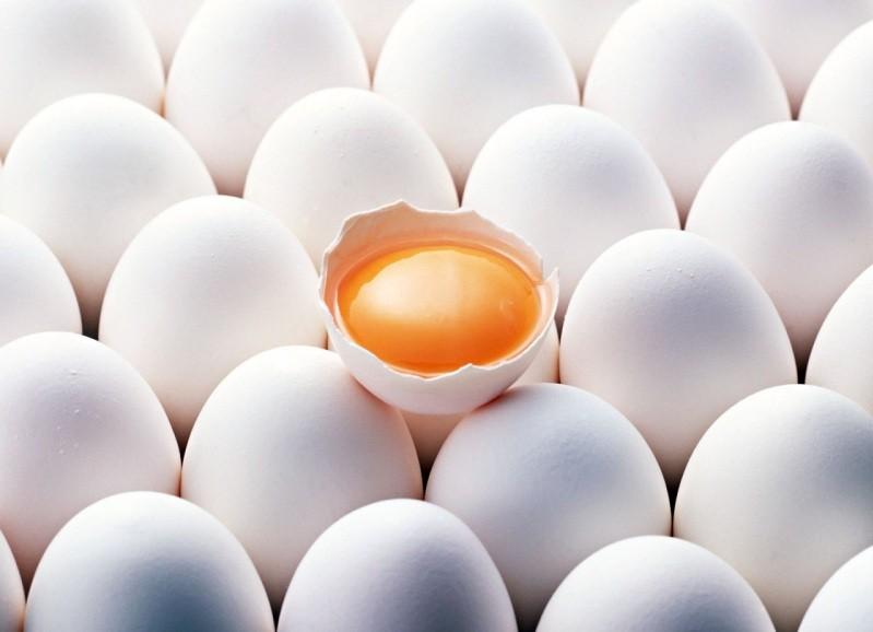 Четверть миллиона испорченных куриных яиц не пропустили в Крым