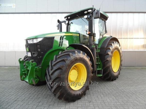 Купить Трактор John Deere 7230R