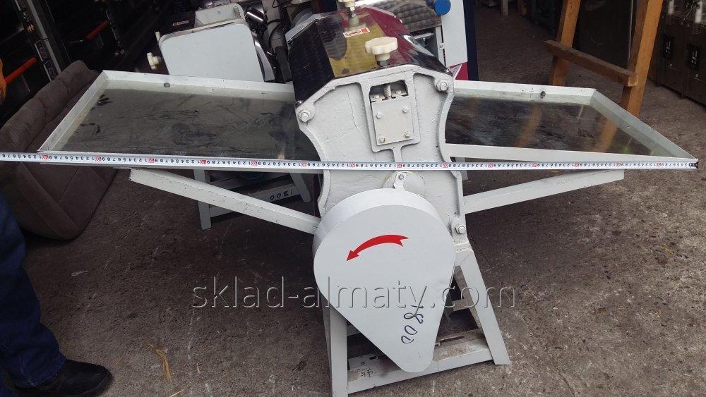 Тестораскаточная машина YP-500
