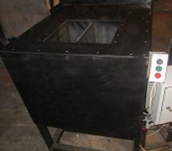 Станок полуавтоматизированный 1/2 (производительность 250-300 (19,2-22,4 м3) блоков в смену) (за один цикл производится 1 блок)