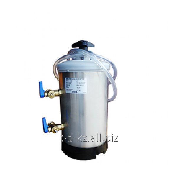 Умягчитель воды серии DVA, модель DVA 16 DE VECCHI SRL