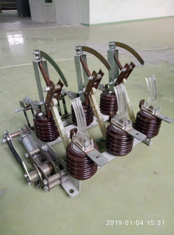 Купить Выключатель нагрузки 10кВ типа ВНА-10/400-630