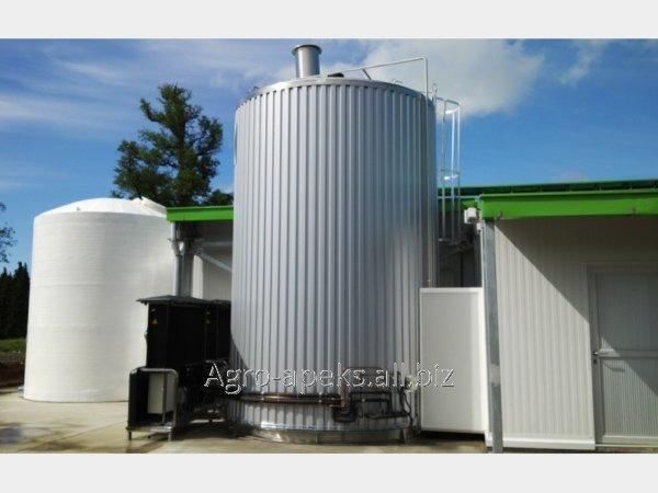 Купить Вертикальный охладитель молока First SV 2.0 объемом 10 000 – 40 000 л