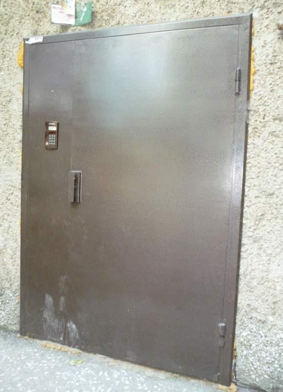 металлические двери под домофон