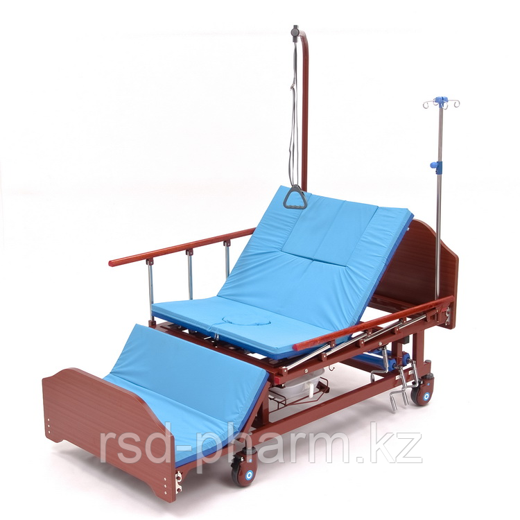 МЕТ REMEKS Медицинская кровать для ухода за лежачими больными с переворотом, туалетом и матрасом