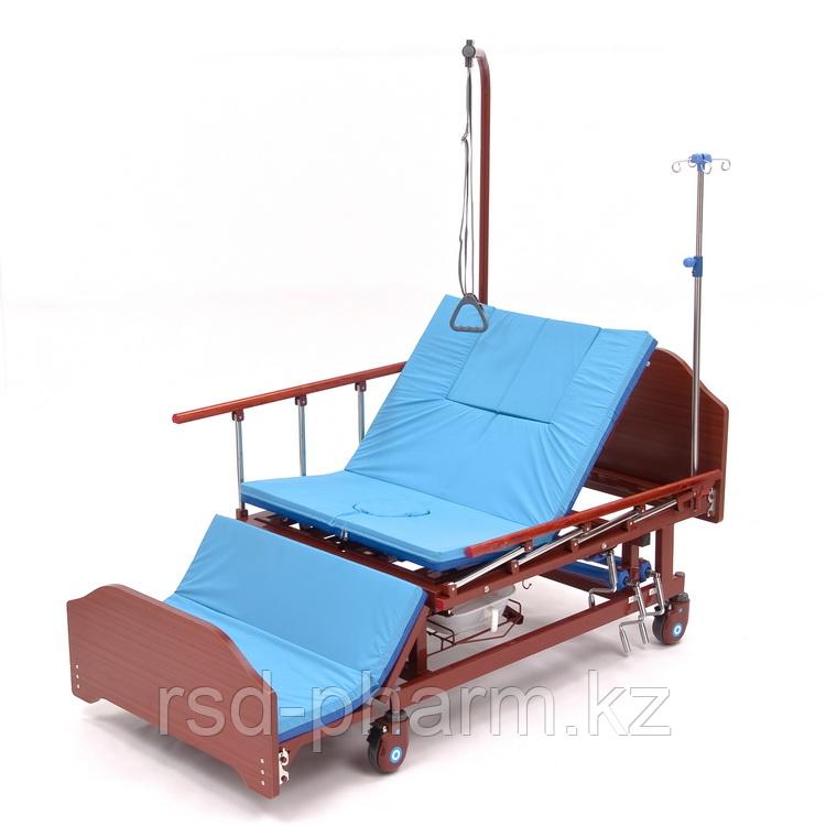 Функциональная кровать МЕТ REMEKS с переворотом, туалетом и матрасом
