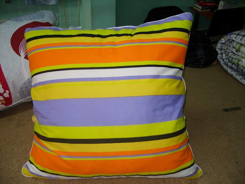 Купить Подушки с синтетическим наполнителем 7-*70, 50*70, 45*45, 40*60, подушки для беременных, подушки для кормящих матерей.