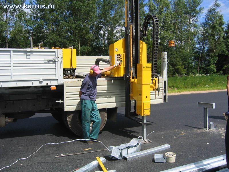 Навесная машина для монтажа ограждений ВТР 1000 HD, Сваебойное оборудование
