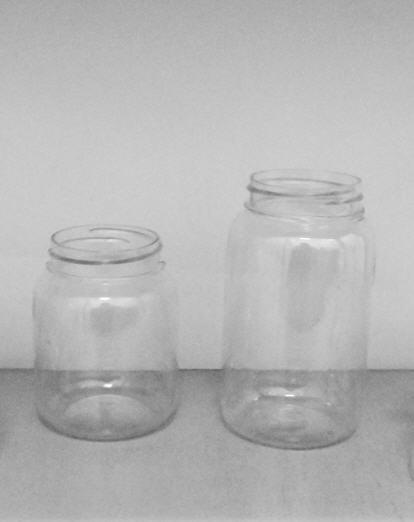 Buy Plastic laboratory: jars (250gr, 350gr, 500gr, 250gr) in a set a cover