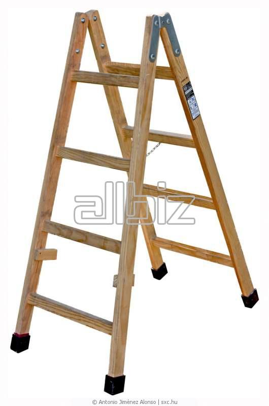 Ladders, step-ladders