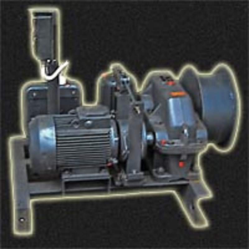 Winch traction TL-14A