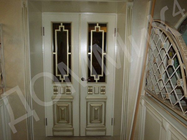 Купить Дверь деревянная