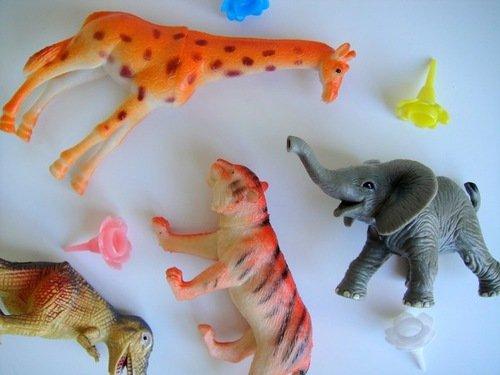 Купить Игрушки пластиковые