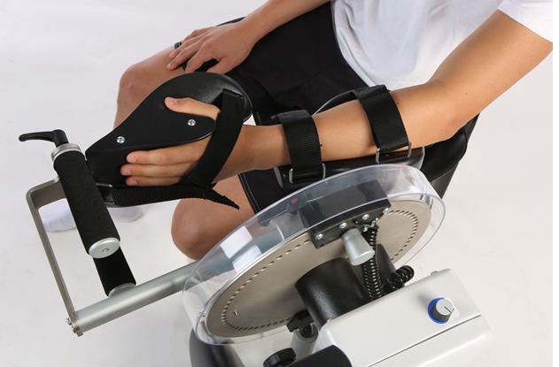 аппараты на лучезапястные суставы