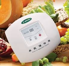 The device for cleaning of fruit and vegetables