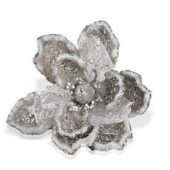 Декор Цветок на клипсе серебряный