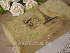 Wooden casket-kupyurnitsa of handwork