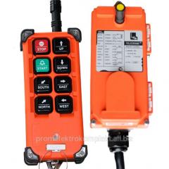 Remote radio control by the crane
