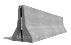 The parapet is reinforced concrete