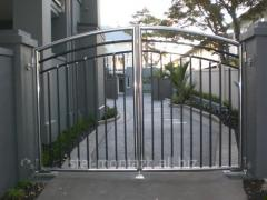 Gate from stainless steel
