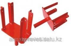 U-shaped heel under a crossbar