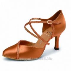 Women's shoes for dances the standard Lawn