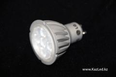 Светодиодная лампа GU10 Артикул LGGU10W5.5, теплый