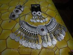 Set costume jewelry for oriental dances