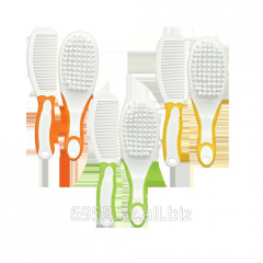 Hairbrush and brush in a set 0+