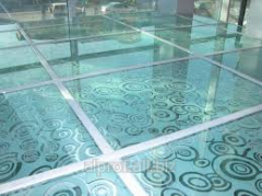 Glass heat-insulated floors