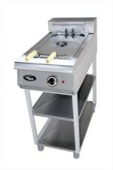 Deep fryer FZHTLFRE on Grill Master support, the