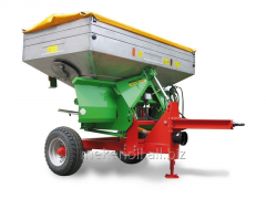 SEMI-TRAILER TRACTOR RU-1,6 SPREADER OF