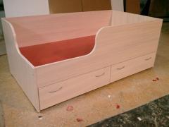 Кровати деревянные,  Кровати деревянные