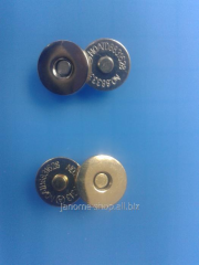 Magnetic d 14 button of mm