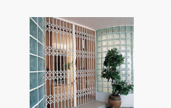 Sliding lattice for a door