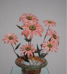 Decorative flowers from Gerbera glass