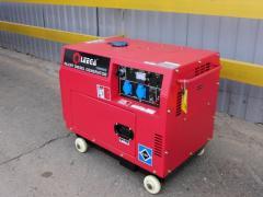 The petrol LT6500S generator in a casing