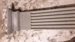 Angular pilaster