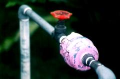 Pipes are water pipeline, TAGMET, STZ